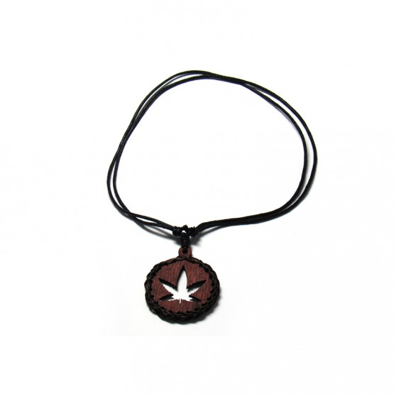 COLLIER BOIS PENDITIF FEUILLE DE CANNABIS MARRON